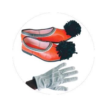 Τσαρούχια, γάντια παρέλασης, αξεσουάρ